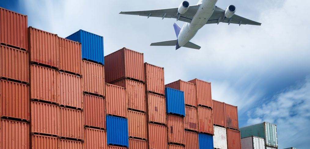 Air Freight Costs: How to Calculate Chargeable Weight
